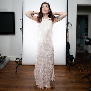 Vintage Harlow Gown M/L